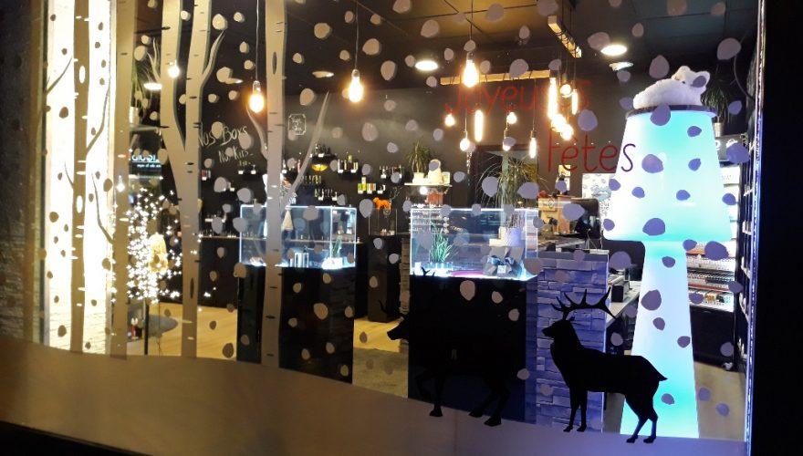 Décoration vitrine de noël adhésif teinté masse découpé Caen